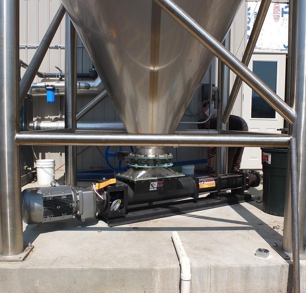 Large spent grain pump